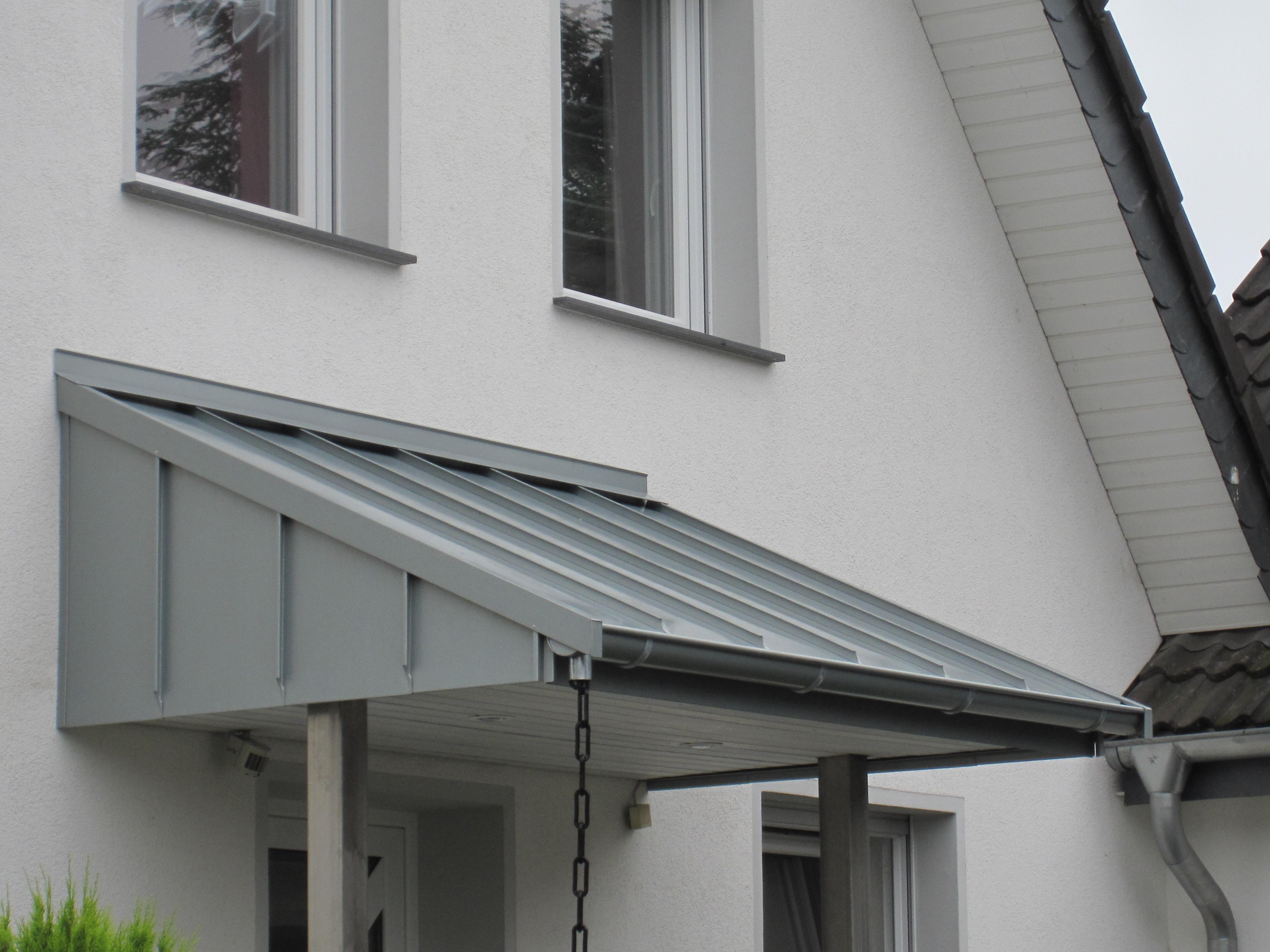 Vordach | Dachtechnik Pohl - Dachdecker in Moers, Duisburg & Umgebung