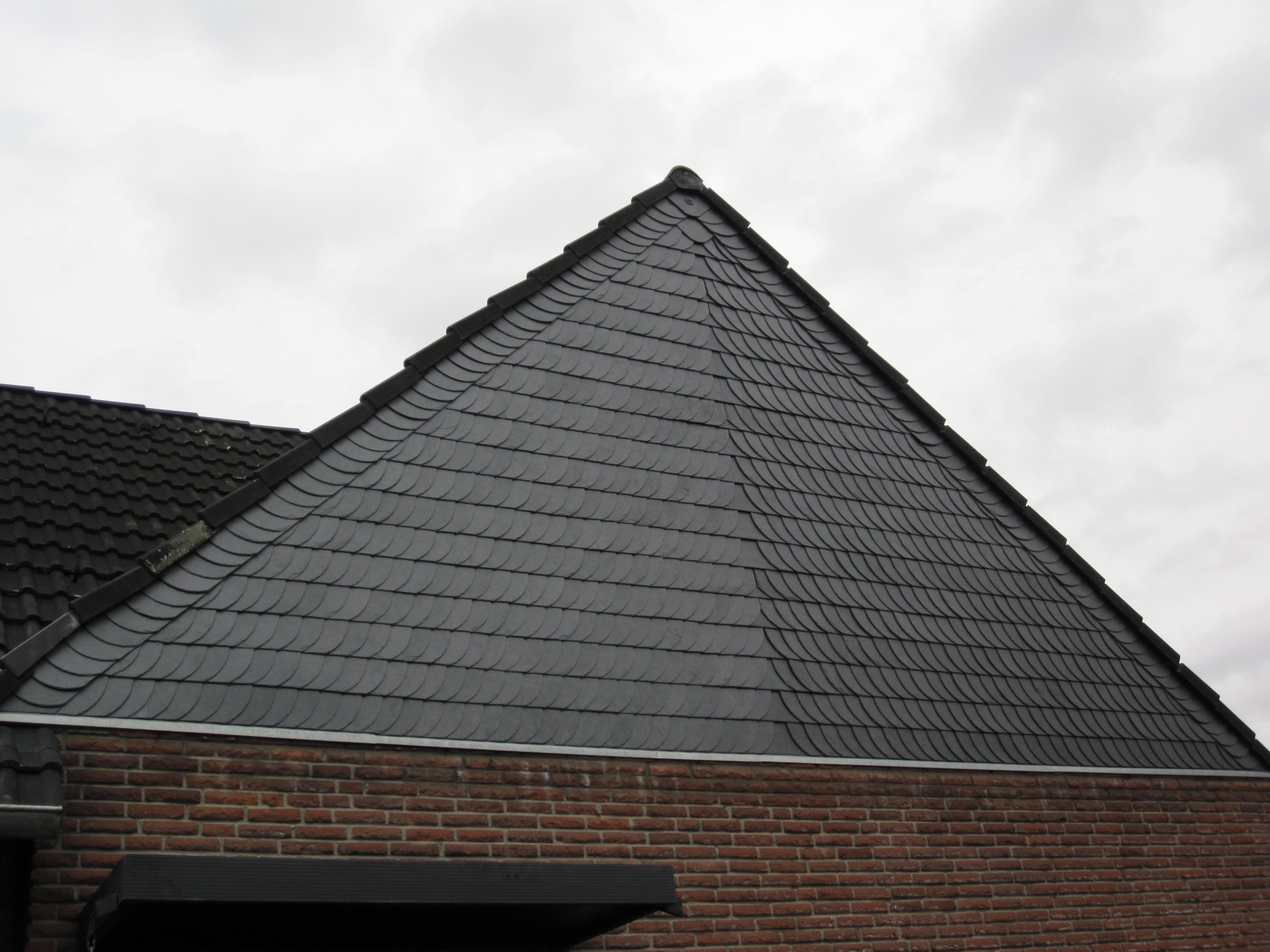 Steildach | Dachtechnik Pohl - Dachdecker in Moers, Duisburg & Umgebung